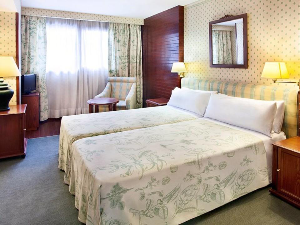 Piolets Soldeu Centro отель 4*